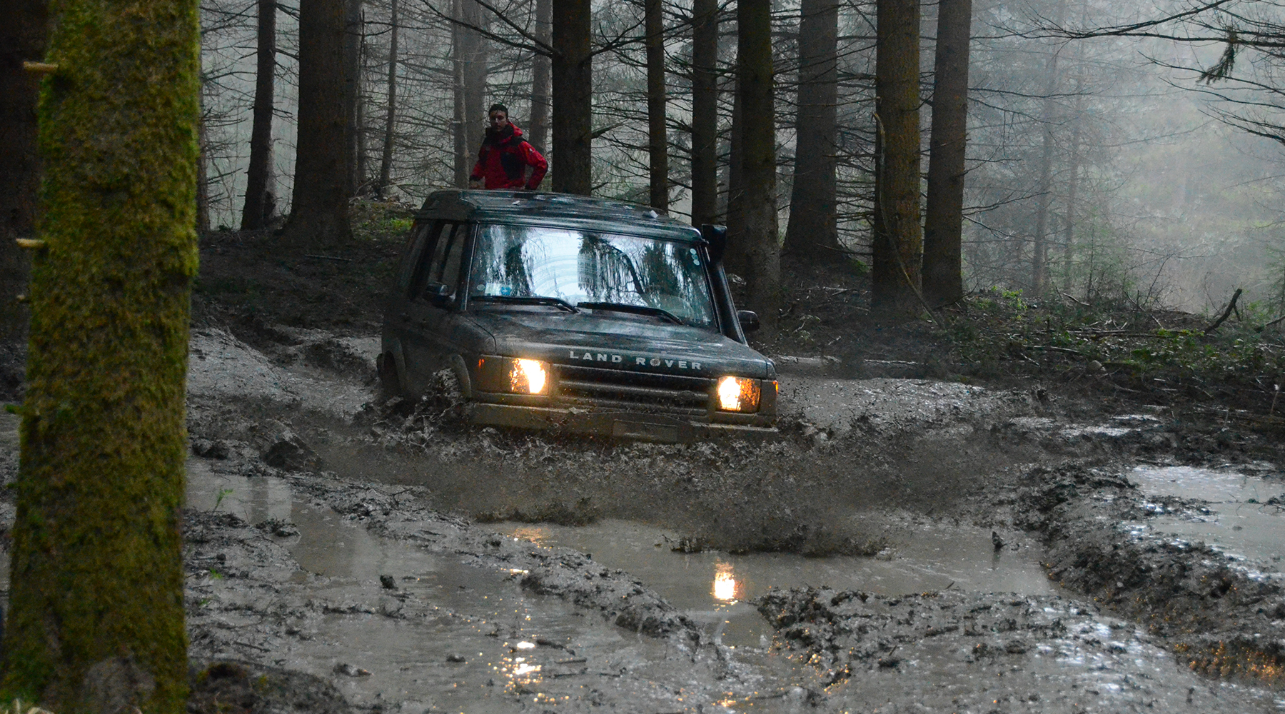 LRE-Land-Rover-Day-TOSCANA-INFO-02-1800×1000