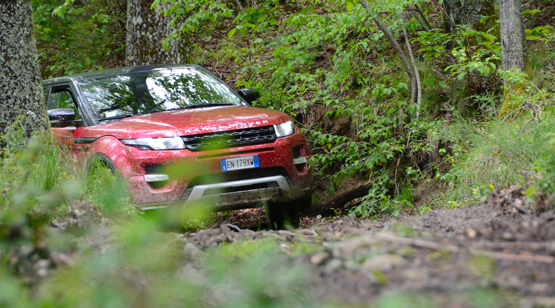 LRE-Land-Rover-Day-Valle-Aosta-EVOQUE-01-1800x1000